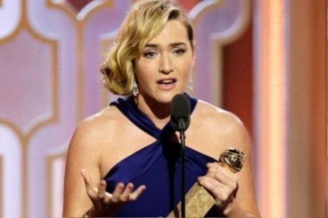 Kate Winslet trở lại mạnh mẽ với phim Steve Jobs sau một thời gian xuất hiện trong những tác phẩm không có điểm nhấn.