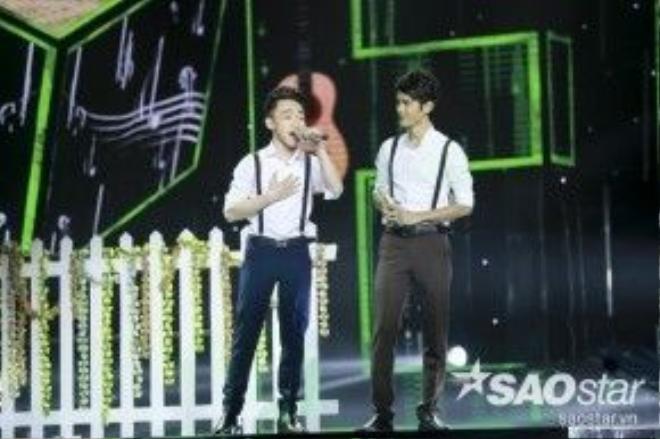 """Liên tiếp những vòng thi sau, Trung Quang cũng """"ghi điểm"""" với giọng hát mượt mà """"đã tai""""."""