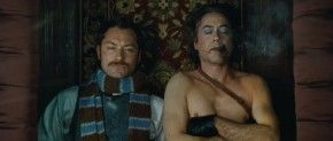 Robert Downey Jr và Jude Law là một cặp ăn ý trong hai tập phim Sherlock Holmes.
