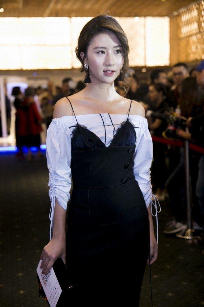 Quỳnh Anh Shyn mặc váy nội y diễn cực sâu bên hotboy Dương Minh Tuấn ảnh 3