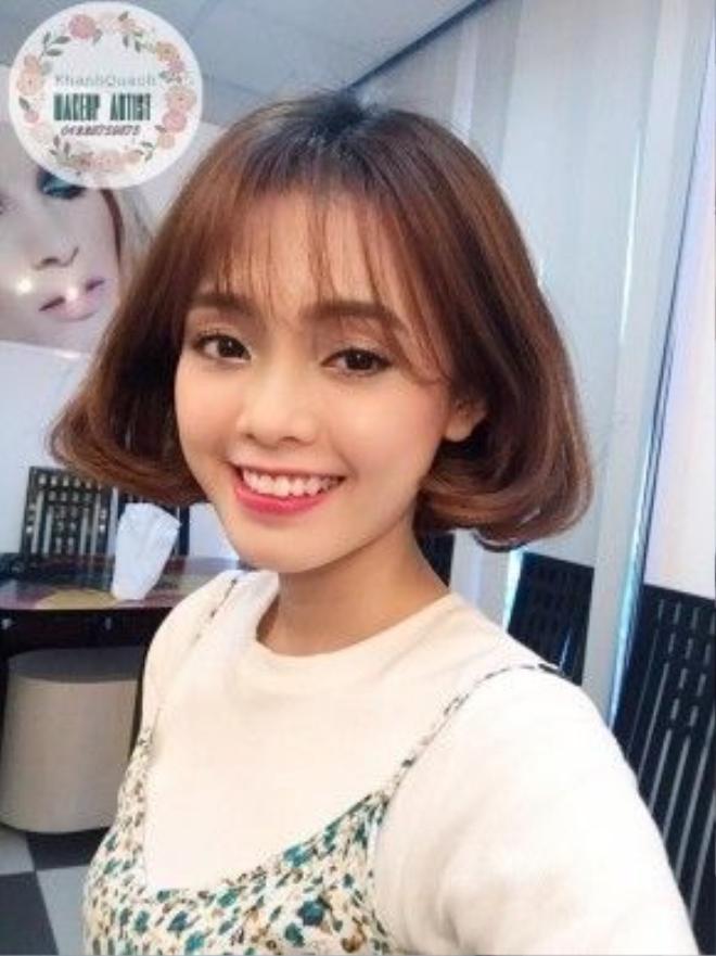 Nếu bạn không thích style quá cá tính thì hãy để mái thưa như cô bạn Thanh Mai