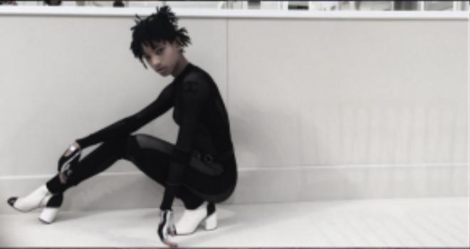 Hình ảnh cô em nhà Smith trong một dự án kết hợp cùng thương hiệu Chanel.