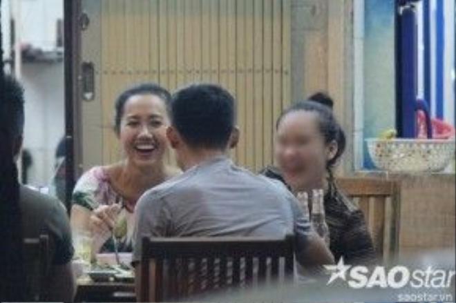 Có thể nhận thấy, không có lớp trang điểm, hoa hậu Mekong sở hữu nhan sắc khá bình thường.