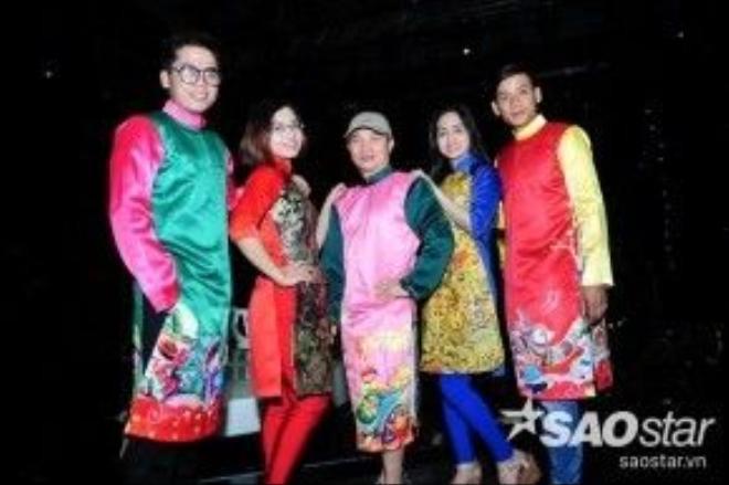 Không kém cạnh, Quang Linh và các học trò của mình cũng sẽ làm sân khấu sáng bừng với những bộ áo dài đầy màu sắc.