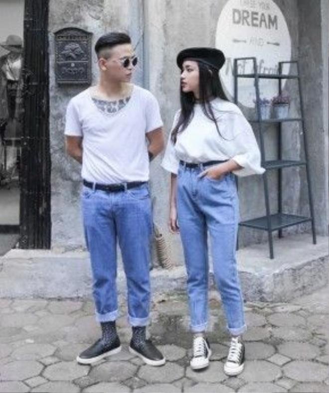 Jeans cạp cao, ống suông – món đồ thần thánh một thời các tín đồ thời trang cùng theo đuổi nhờ cặp đôi này càng được yêu thích hơn bởi vẻ đẹp có chút cổ điển. Chiếc mũ nồi đội lệch của Châu Bùi là điểm nhấn đắt giá tạo nên vẻ đẹp hoàn thiện cho set đồ này.