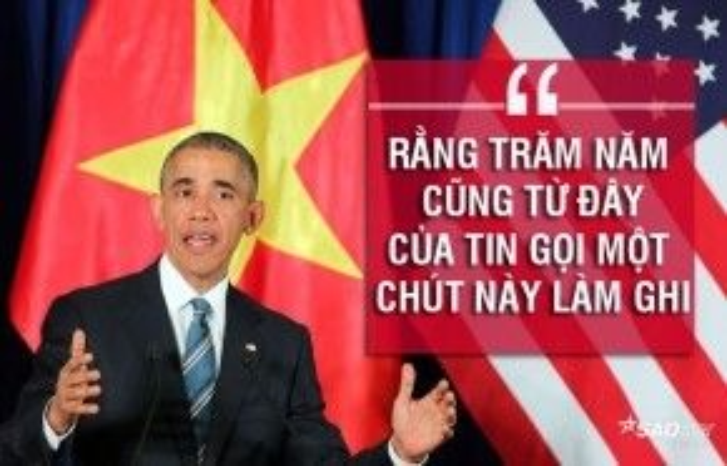 """Tổng thống Obama đọc thơ Nguyễn Du để kết thúc bài phát biểu của mình tại Trung tâm Hội nghị Quốc gia sáng 24/5. Nguyên văn đoạn kết: """"Sau này khi người Mỹ-Việt Nam học cùng nhau, cùng phối hợp sáng tạo với nhau thì các bạn hãy nhớ khoảnh khắc tôi đứng ở đây, trước các bạn, như Nguyễn Du đã nói: Rằng trăm năm cũng từ đây. Của tin gọi một chút này làm ghi""""."""