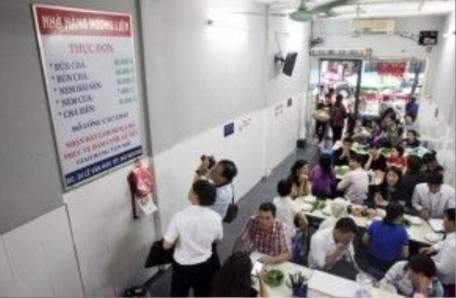 Cư dân mạng Trung Quốc hoài nghi về bữa bún chả trị giá 6 USD của ông Obama