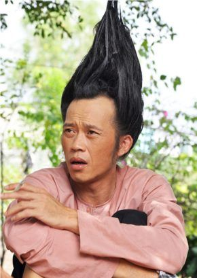Nhận biết thế mạnh của Hoài Linh, nhiều nhà làm phim thường xuyên mời anh tham gia vào các bộ phim hài.