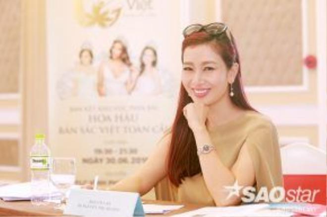 Á hậu quý bà Thu Hương kỳ vọng đêm bán kết sẽ là sự tỏa sáng của các thí sinh.
