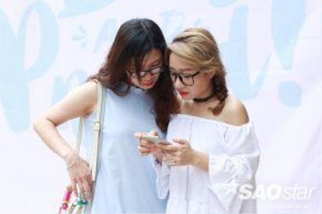 Các bạn trẻ ùn rủ nhau đi hội chợ siêu cool của Hà Nội - The New District