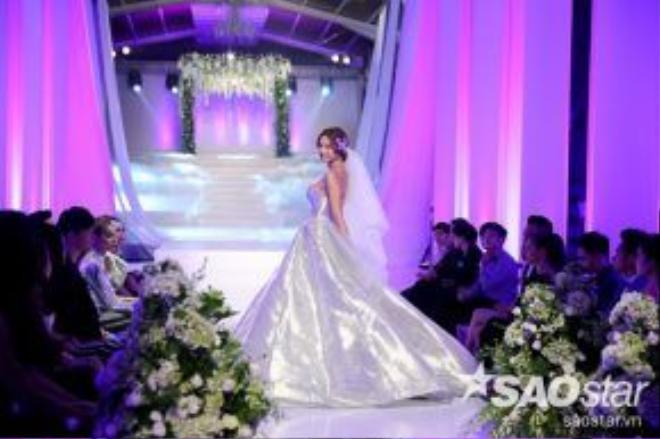 Mẫu váy cưới Ball Grown được xem như là những trang phục đẹp nhất mọi thời đại.