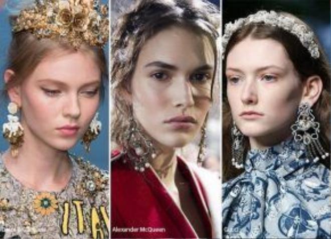 Những kiểu dáng mang hơi hướng hoàng gia đều góp phần tạo nên sự tinh tế và sang trọng trên các sàn diễn thời trang.