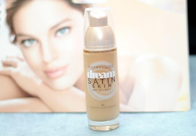 Maybeline Dream Satin Skin có độ che phủ lên tới 10 tiếng.