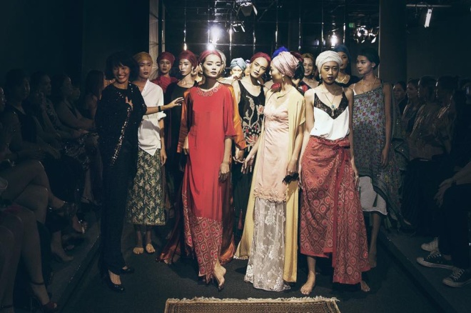 Lam boutique: 98 Mac Thi Buoi, quận 1, TPHCM.