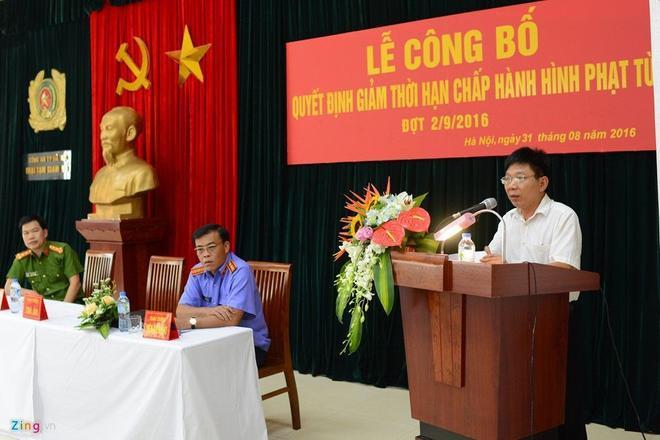 Chiều 31/8, Hội đồng xét giảm án TP Hà Nội công bố quyết định giảm thời gian chấp hành hình phạt tù dịp 2/9 cho hơn 100 phạm nhân đang chấp hành án tại 2 trại tạm giam của Công an Hà Nội.