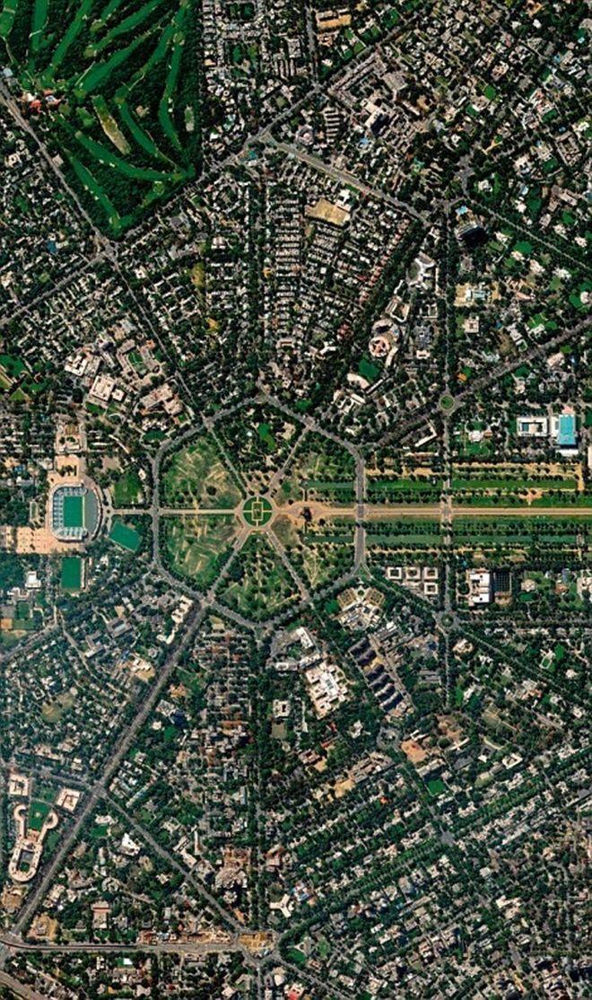 New Delhi, một quận ở Delhi, Ấn Độ do 2 kiến trúc sư người Anh Edwin Lutyens và Herbert Baker thiết kế, khánh thành vào tháng 2/1931.
