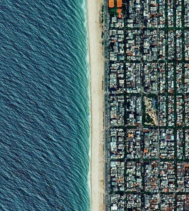 Bãi biển Ipanema ở Rio de Janeiro, Brazil là một trong những bãi biển đẹp nhất thế giới.