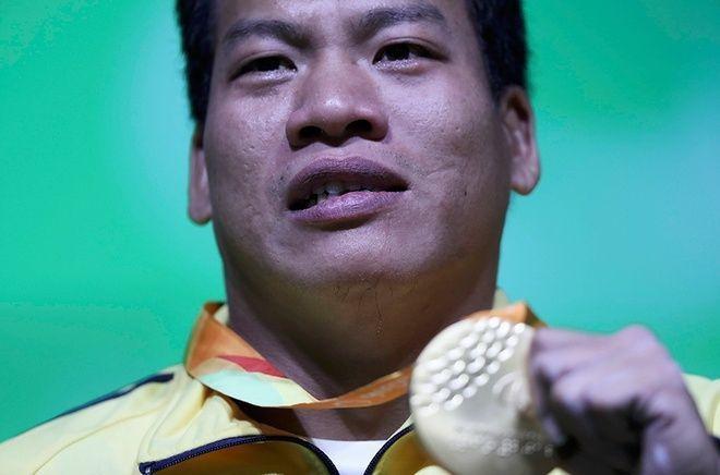 Lê Văn Công phá kỉ lục, giành HCV đầu tiên tại Paralympic Rio 2016 ảnh 0