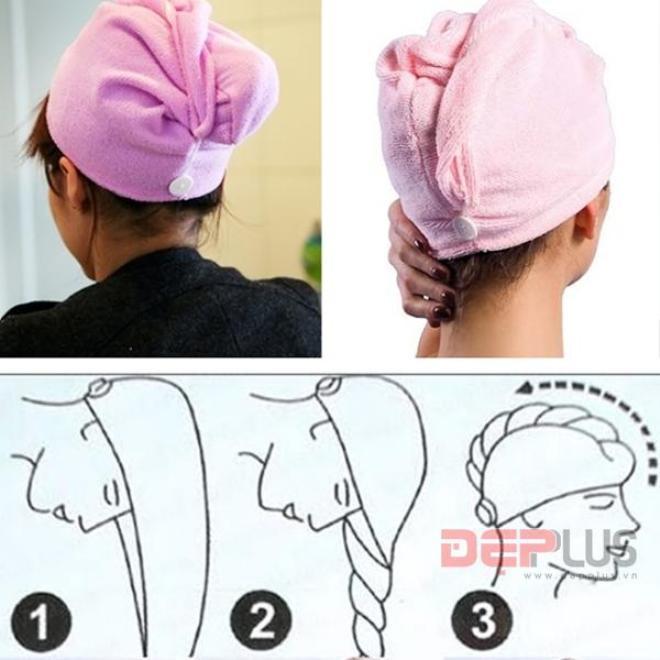 Bước 1: Loại bỏ độ ẩm. Chưa cần máy sấy, đầu tiên, bạn dùng tay vắt sạch lượng nước còn sót lại trên các sợi tóc sau khi gội đầu. Bọc chúng trong khăn mềm, điều này giúp tóc hấp thụ toàn bộ các dưỡng chất và độ ẩm cần thiết có trong dầu gội. Dỡ bỏ khăn chùm khi tóc chỉ còn 1/3 độ ẩm, lúc này bạn có thể áp dụng máy sấy mà không gây ra thương tổn.