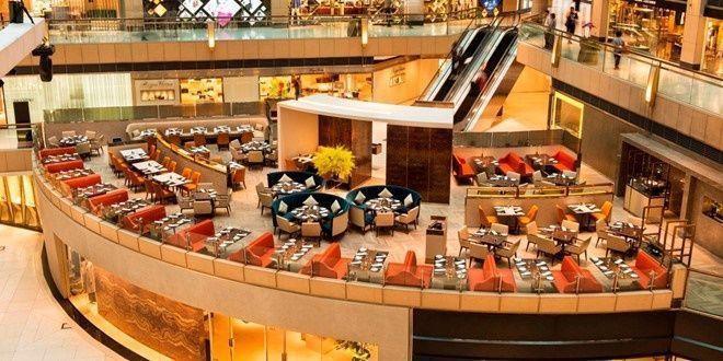 Hong Kong là điểm shopping yêu thích của các tín đồ mua sắm. Nơi đây đáp ứng đủ nhu cầu của du khách bất kể những sở thích hay đặc trưng văn hóa vùng miền của họ.