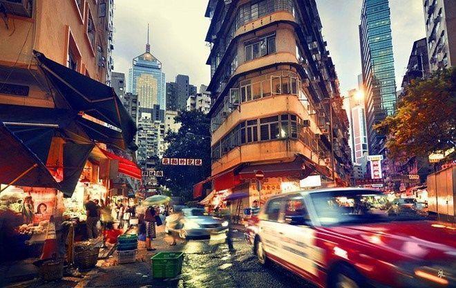 Là thiên đường ẩm thực châu Á và thế giới, Hong Kong mang đến cho du khách nhiều sự lựa chọn từ nhà hàng đắt đỏ đến ẩm thực đường phố. Phố Chùa, phố Nanking, Mongkok… là những khu phố ẩm thực được đông đảo du khách yêu thích.