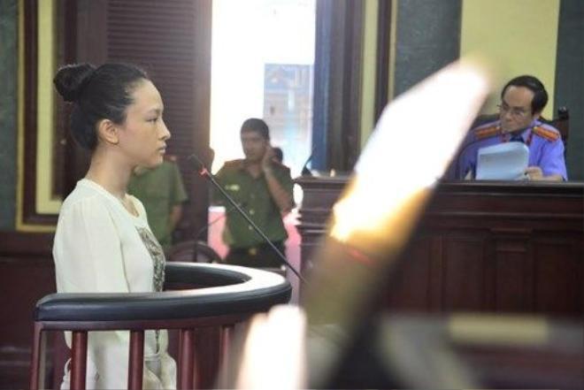 Hoa hậu Phương Nga tại phiên tòa ngày 21/9. Ảnh: Tân Châu