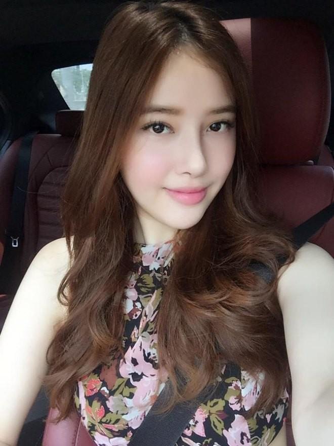Dàn em gái sao Việt vừa xinh vừa sang chảnh thế này bảo sao nổi tiếng chẳng kém hot girl! ảnh 14