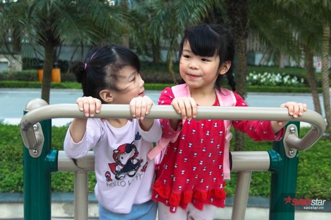 Hai chị em Miu - Moon.