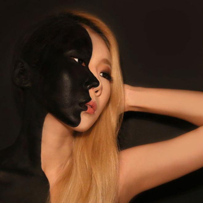 Cô tạo ra các hình ảnh mắt, môi hay toàn bộ khuôn mặt trên chính gương mặt của mình.