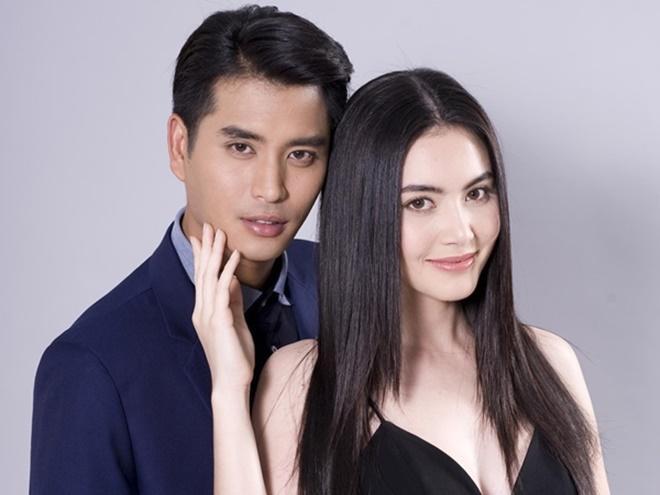 Ở hiện tại, Praenuan đã có hôn phu. Nhưng anh chàng này lại không chung thủy, lén lút ngoại tình khiến cô rất đau lòng.
