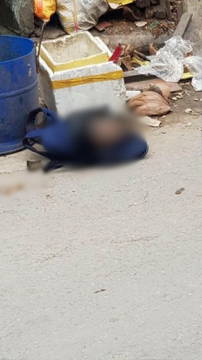Đầu người và lá phổi bị vứt trong thùng rác.