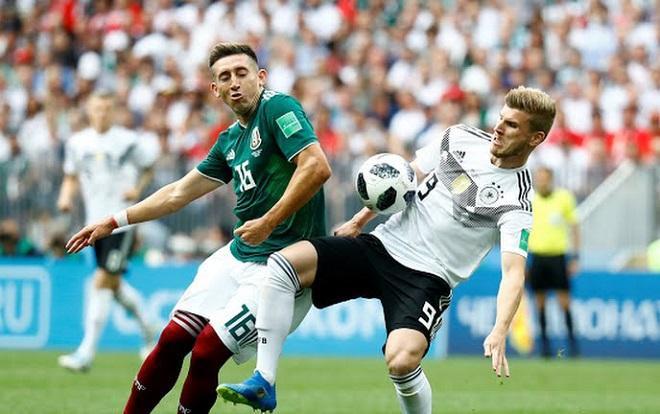 Tốc độ trận đấu được đẩy cao ngay từ đầu trận. Ảnh: Fifa.com.