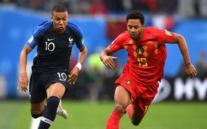 Mbappe cố tình câu giờ một cách phản cảm trong những phút bù giờ trận đấu gặp ĐT Bỉ. Ảnh: Fifa.com