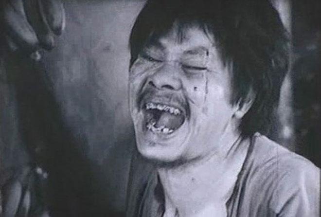 """Chí Phèo trong """"Làng Vũ Đại ngày ấy"""" trở thành nhân vật kinh điển của điện ảnh Việt Nam qua diễn xuất của nghệ sĩ Bùi Cường."""