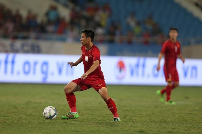 Hùng Dũng thể hiện tầm ảnh hưởng lên lối chơi U23 Việt Nam. Ảnh: Văn Nhân.