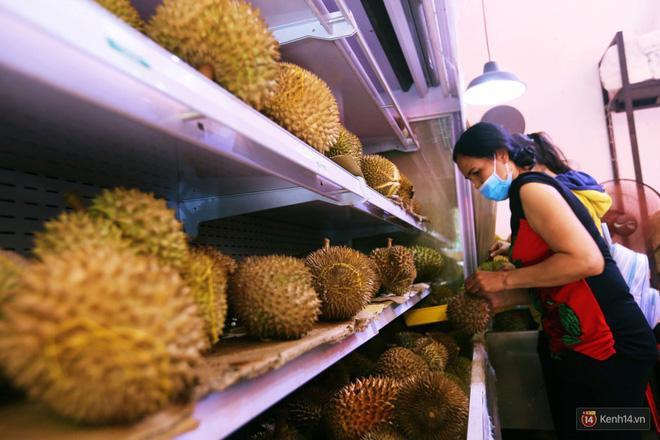 Mốt ăn sầu riêng hot nhất hiện nay: ăn xong trả hạt và đây là những địa chỉ hiếm hoi ở Sài Gòn dành cho bạn ảnh 11