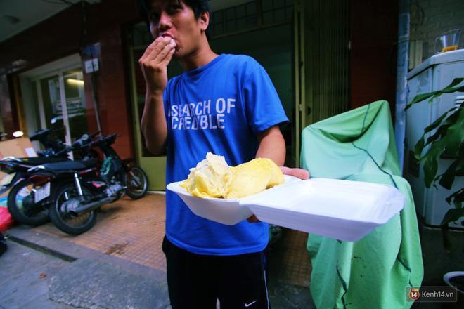 Mốt ăn sầu riêng hot nhất hiện nay: ăn xong trả hạt và đây là những địa chỉ hiếm hoi ở Sài Gòn dành cho bạn ảnh 13
