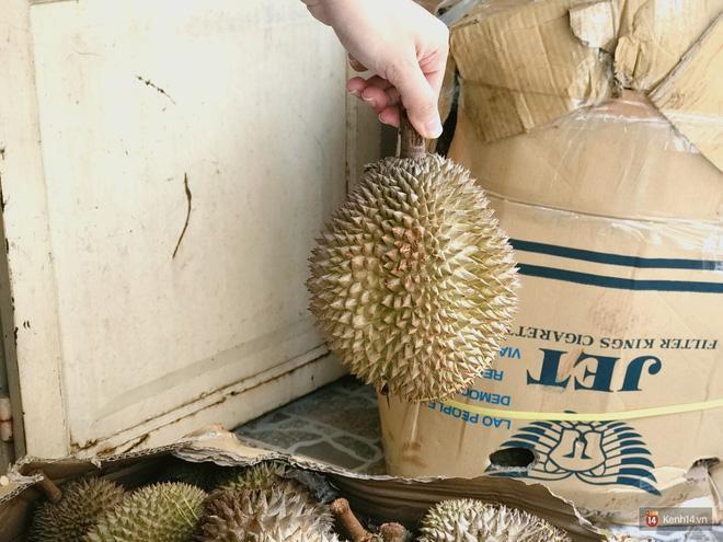 Mốt ăn sầu riêng hot nhất hiện nay: ăn xong trả hạt và đây là những địa chỉ hiếm hoi ở Sài Gòn dành cho bạn ảnh 2