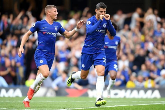 Morata nhân đôi cách biết bằng pha xử lý đầy mẫu mực. Ảnh: Chelseafc.com.