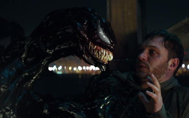 Venom bắt tay hoà bình cùng Eddie Brock.