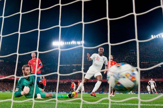 De Gea bất lực trong cả 3 bàn thua của ĐT Tây Ban Nha.