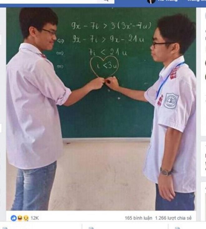 Bất phương trình toán học của cặp đôi gây sốt cộng đồng mạng