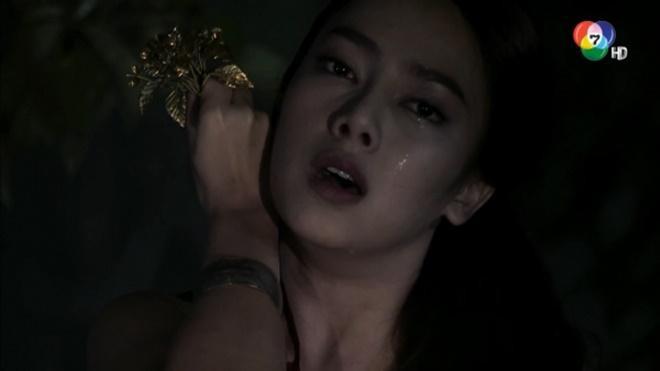 Không chỉ mỗi Mai Davika, màn ảnh Thái còn có những ma nữ cực phẩm, đẹp chết người này ảnh 15