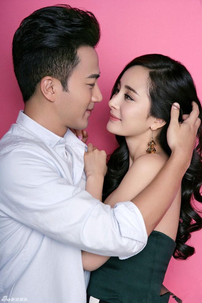 Cặp đôi Dương Mịch – Lưu Khải Uy chính thức tuyên bố đã ly hôn.