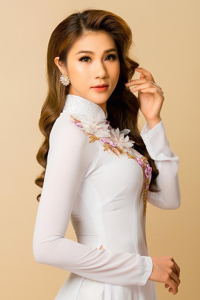 Sắp tới Kim Dung sẽ về nước diễn thời trang. Cô chia sẻ mừng đến phát khóc và nhớ sàn diễn muốn 'điên'