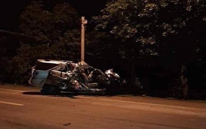 Cú tông mạnh làm 3 người phụ nữ trên xe khách tử vong.