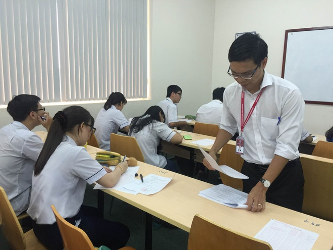 Kỳ thi đánh giá năng lực theo mô hình SAT tại Trường ĐH Quốc tế (ĐH Quốc gia TP.HCM). ẢNH: HÀ ÁNH