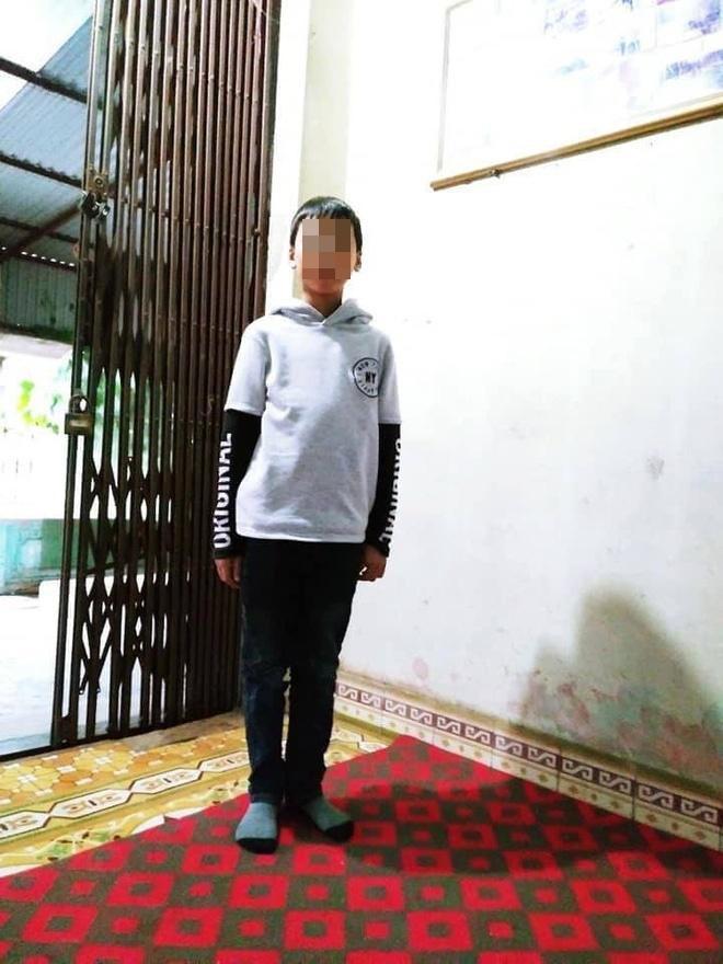 Hình ảnh cháu Mai Khánh Nhật trước khi bỏ nhà đi. Ảnh: Báo Dân Sinh