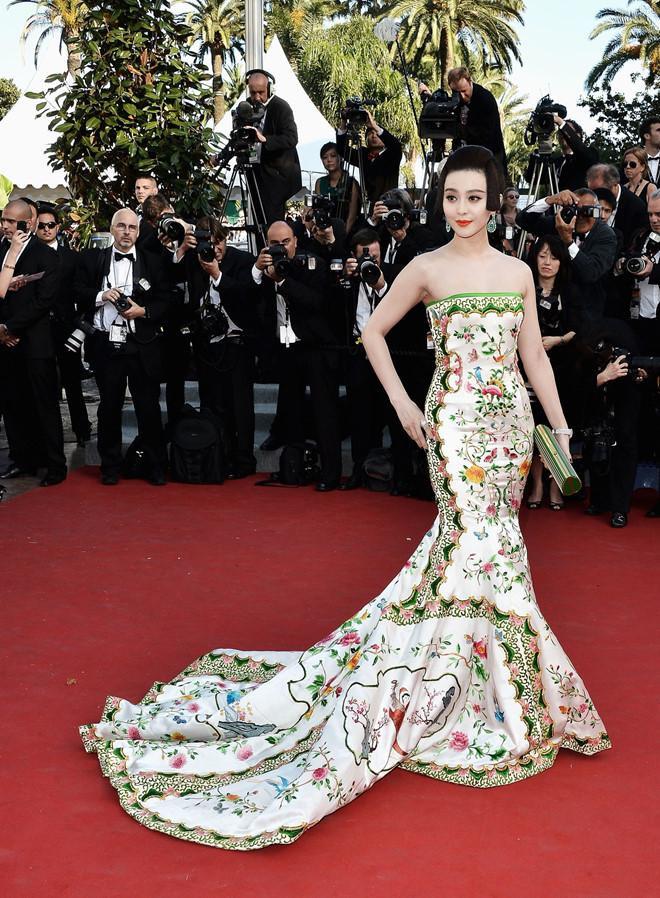 Trương Thị May, Phạm Băng Băng và 'thần thái' khẳng định nữ quyền châu Á trên thảm đỏ Cannes ảnh 5