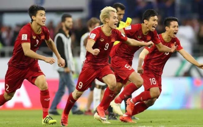 Bóng đá Việt Nam đang có những tiến bộ không ngừng.